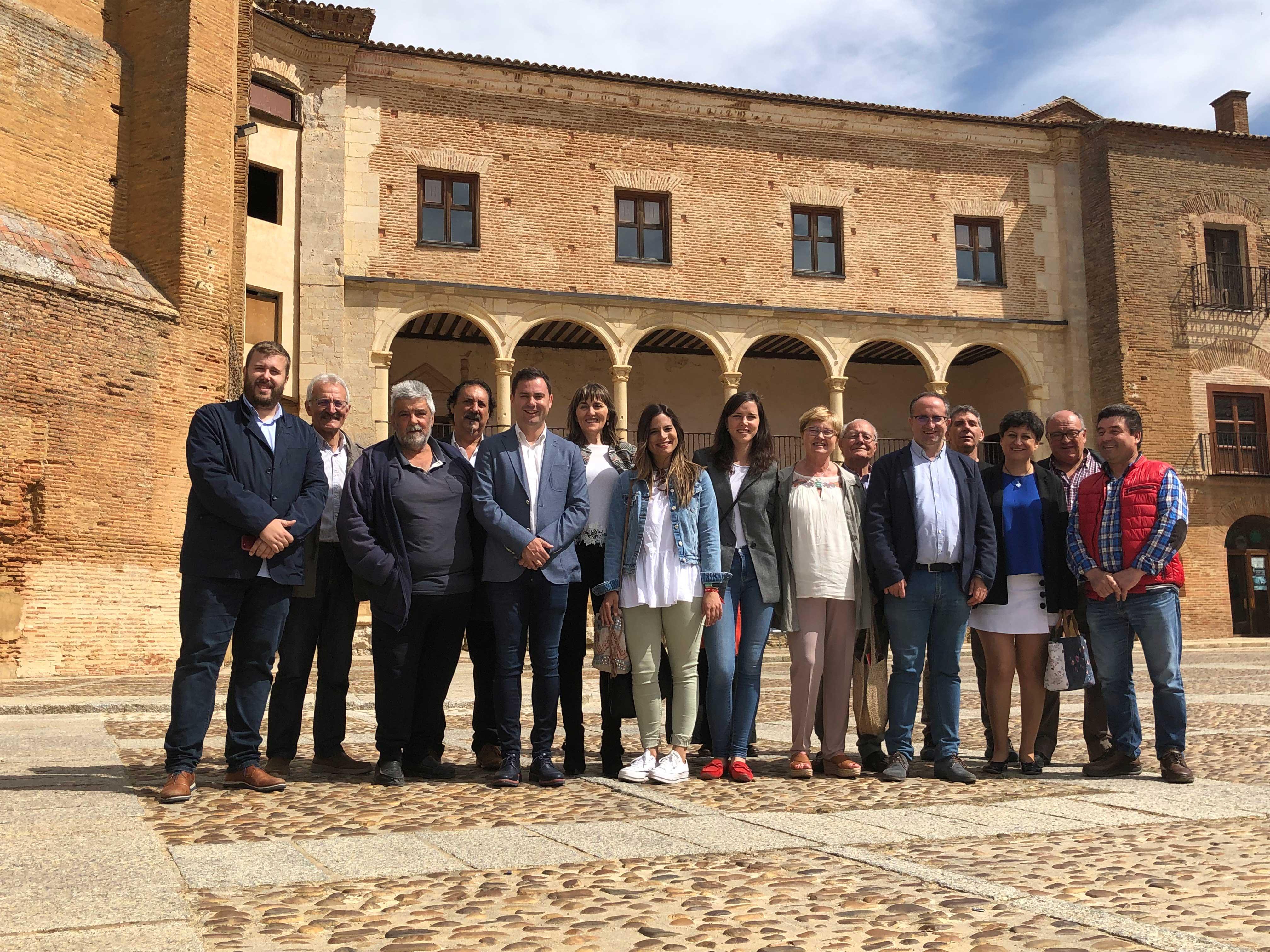 El PSOE de León cierra la campaña con una jornada dedicada a la despoblación