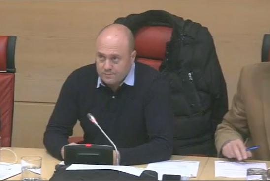 El PSOE exige en el Hospital del Bierzo la promesa del acelerador lineal que asumió la Junta
