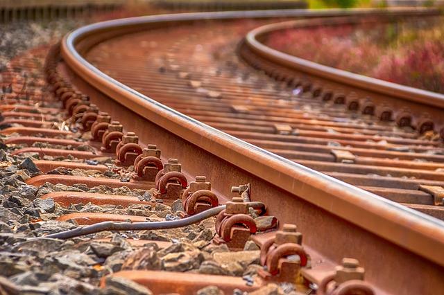 El PSOE de Sahagún insta a Fomento a buscar una solución definitiva para no cerrar la venta de billetes de la estación de tren