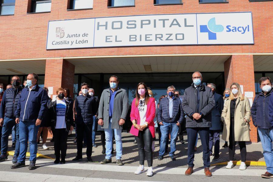 El PP traiciona a la sanidad pública del Bierzo incumpliendo la promesa del servicio de radioterapia que sí contempla para la privada