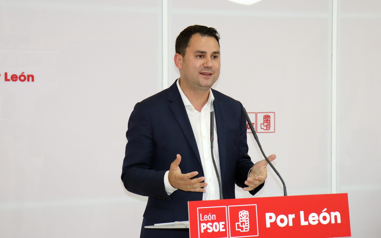 """Cendón pide al PP que """"abandone sus cuitas internas y que empiece a trabajar por León"""""""