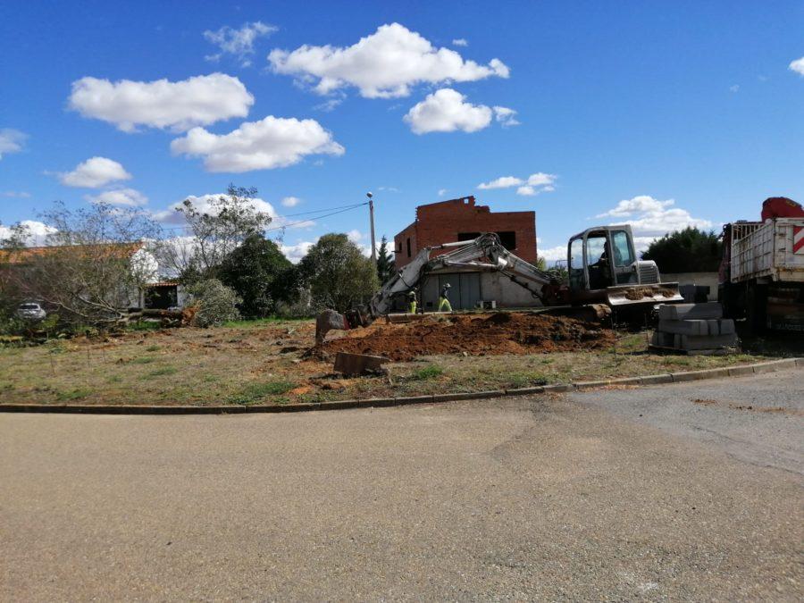 Paralizadas las obras de la pista de pádel de Altobar de la Encomienda por un error del Ayuntamiento de Pozuelo del Páramo (PP)